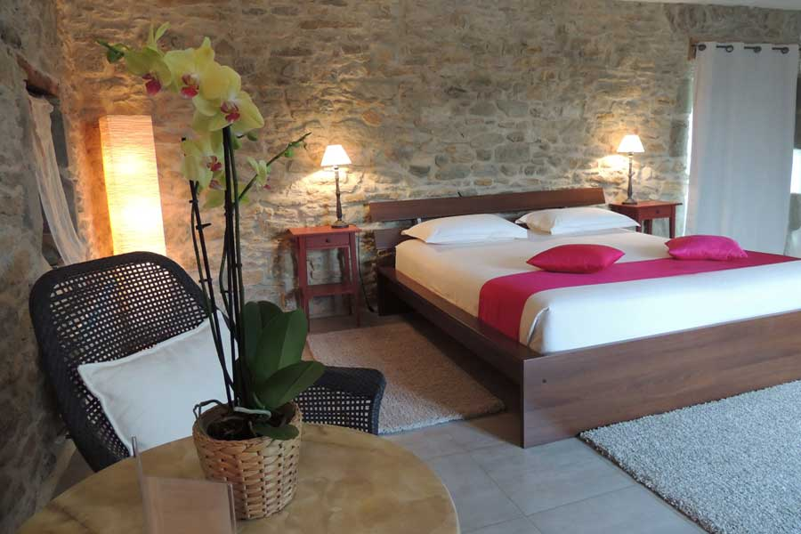 Maison hote design decoration hotel chambre hotes hote for Chambre d hote dans le lot